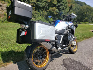 BMW R1250GS Read Right Side